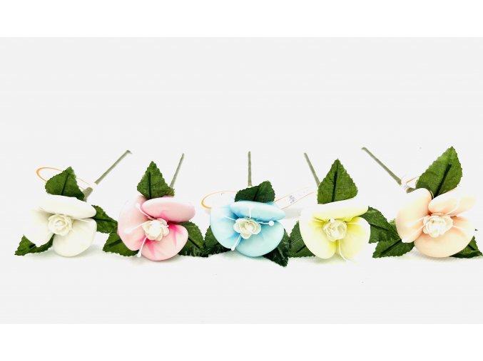 Slavnostní růžička (svatební)